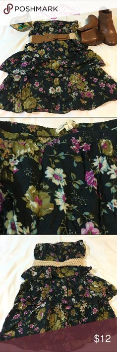 """Tiered Floral Tube Dress Size SMALL Navy Blue Floral Tiered Tube Dress Belt included 28"""" in length; 12"""" in width (measured at the elastic band) 57% Cotton; 43% Rayon Mine Dresses Mini"""