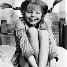 Pippi Longstocking by Astrid Lindgren - So many childhood memories My Childhood Memories, Old Tv, The Good Old Days, Back In The Day, Make Me Smile, The Past, Black And White, My Love, Movies