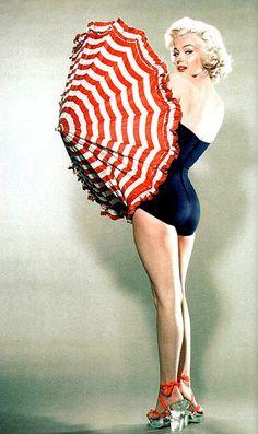 Marilyn Monroe by ondiraiduveau on Flickr.