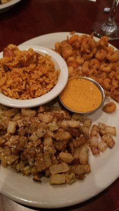 Brunch here is phenomenal! Chana Masala, Curry, Brunch, Ethnic Recipes, Food, Curries, Meal, Eten, Meals