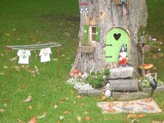 tree stump gnome house | Gnome house in other town