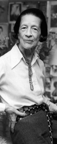 Diana Vreeland  (September 29, 1903[2] – August 22, 1989), was a noted columnist and editor in the field of fashion.