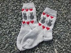 Mittens, Ravelry, Knitwear, Socks, Barn, Rose, Handmade, Diy, Fashion