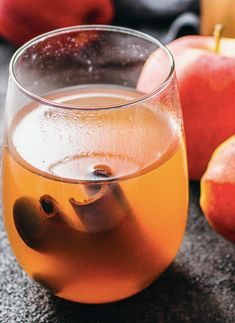 Cranberry Apple Cider // Thanksgiving slow cooker recipe