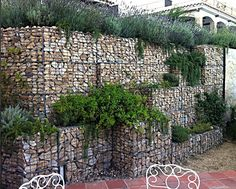 gabion retaining wall terraced.