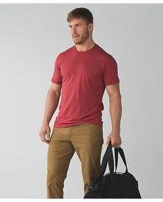 568f3879 5 Year Basic T - heathered cranberry? Guy Clothes, Lululemon Athletica,  Running Gear