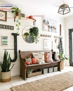 28 Cozy And Inviting Farmhouse Entryway Decorating IdeasYou can find Foyer decorating and more on our Cozy And Inviting Farmhouse Entryway Decorating Ideas Farmhouse Interior, Farmhouse Design, Farmhouse Decor, Farmhouse Small, Farmhouse Ideas, Modern Farmhouse, Farmhouse Bench, Rustic Home Interiors, Farmhouse Front