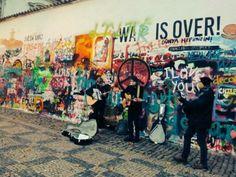 Muro de John Lenon  ( Praga )
