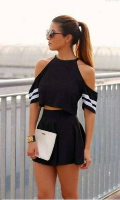 Feel Free to Express Your Own Style with Your short two piece outfits.Today, these outfits are made to look extremely stylish while being efficient at the same time. We are lovin' the two piece set… Mode Outfits, Girly Outfits, Short Outfits, Spring Outfits, Casual Outfits, Summer Outfit, Dress Casual, Outfits 2016, Casual Summer