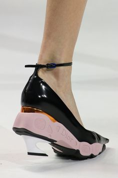Christian Dior Fall 2014 Ready-to-Wear Collection Slideshow on Style.com