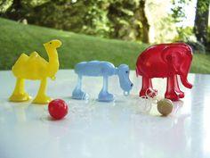 Spielzeugfiguren - Lauftier, Tischkantenläufer, Kult, 70er, Vintage - ein Designerstück von Speicherfunde bei DaWanda