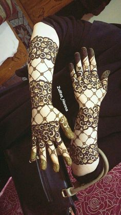 100 New Mehandi design images for hands HQ : Let's Get Dressed Finger Henna Designs, Henna Art Designs, Mehndi Designs For Girls, Modern Mehndi Designs, Dulhan Mehndi Designs, Mehndi Design Pictures, Wedding Mehndi Designs, Mehndi Designs For Fingers, Latest Mehndi Designs