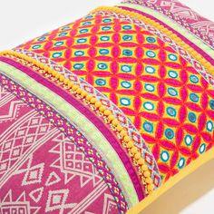 Coussin en coton multicolore 30 x 45 cm NAYANA | Maisons du Monde