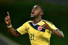 Jackson Martínez celebra el 2:1 contra Japón