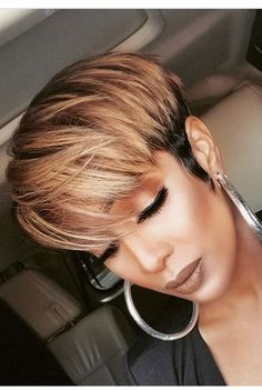 Pixie with long bangs, honey highlights - Black Haircut Styles Longer Pixie Haircut, Short Pixie Haircuts, Pixie Hairstyles, Straight Hairstyles, Haircut Long, Black Hairstyles, African Hairstyles, Short Straight Hair, Long Hair Cuts