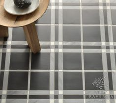 plaid tile flooring. want!