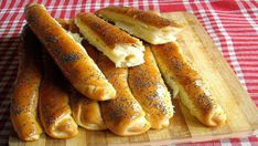 Hljeb i peciva Archives - Mali kuhar Bakery Recipes, Snack Recipes, Dessert Recipes, Cooking Recipes, Healthy Recipes, Desserts, Macedonian Food, Good Food, Yummy Food