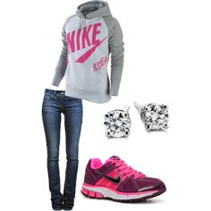 Nike shoes Nike roshe Nike Air Max Nike free run Nike USD. Nike Nike Nike love love love~~~want want want! Nike Outfits, Cute Sporty Outfits, Sporty Look, Sporty Style, Sport Outfits, Casual Outfits, Sporty Clothes, Sporty Girls, Comfy Clothes