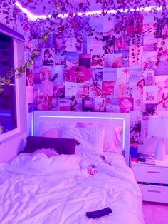 Neon Bedroom, Cute Bedroom Decor, Room Ideas Bedroom, Teen Room Decor, Hippie Bedroom Decor, Bedroom Inspo, Dream Bedroom, Hippie Bedrooms, Vintage Bedroom Decor