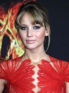 Kohl Cat Eye  - Jennifer Lawrence