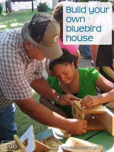 Build a #bluebird house this weekend with these easy plans from the #Iowa DNR. For Cadettes earning their Woodworker badge.