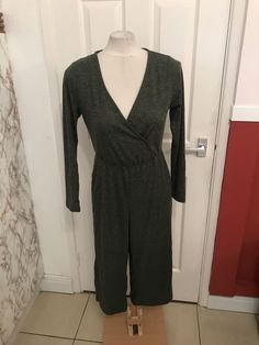 81f1adf6cb91 Ladies Grey Casual Style Cropped Leg Jumpsuit Size 12 BNWT  fashion   clothing  shoes