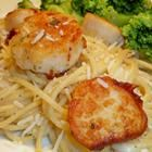 Seared Sea Scallops! This recipe tastes like it should be from a pricey restaurant. But you probably already have all the ingredients, and it literally takes 5 minutes. Love.