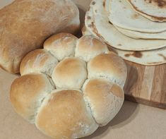 Best Bread Machine Dough Recipe Ever Vegan Bread, Pita Bread, Roll Dough Recipe, Bread Recipes, Vegan Recipes, Best Bread Machine, Types Of Bread, Recipe For 4, How To Make Bread