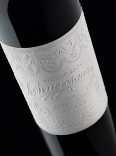 McGuigan Anniversary wine featured on #Lettering Time - design by Stranger & Stranger #diseño