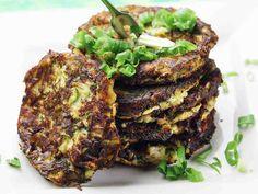 Feta, Salmon Burgers, Good Food, Food And Drink, Vegetarian, Ethnic Recipes, Falafels, Falafel, Healthy Food