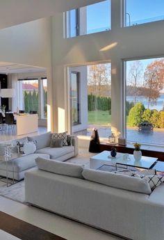 Modern Home Interior Design, Dream Home Design, House Design, Decorating Your Home, Interior Decorating, Fireplace Remodel, Decoration Design, Home Decor Shops, Luxury Homes