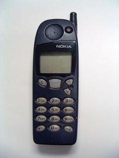Old Cell Phones, New Phones, Vintage Phones, Vintage Toys, Shoulder And Arm Workout, Money Cards, Mobile Technology, Retro, Childhood Memories