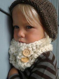 Crochet Cowl. Kids Cowl. Crocheted Neckwarmer. Toddler Baby Child Scarf.