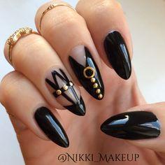 Black bondage nail art