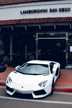 Ill live there eventually. And ill be picking my car up from this dealership in that exact spot! AMBITION