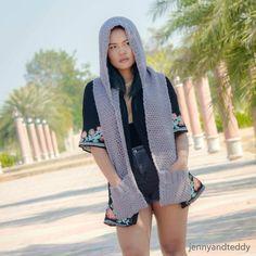 Crochet Hoods hoody easy rochet scarf long with pocket free pattern Crochet Hooded Scarf, Crochet Scarves, Crochet Shawl, Free Crochet, Knit Crochet, Beginner Crochet, Crochet Sweaters, Crochet Blankets, Chrochet