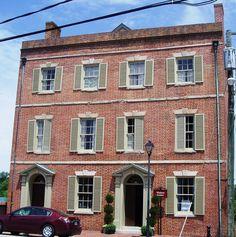 Bank building ca:1815 -- Petersburg, Virginia