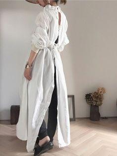 fashion a piercing place - Piercing Fashion Details, Love Fashion, Womens Fashion, Fashion Design, Fashion Trends, Japanese Fashion, Minimalist Fashion, Dress To Impress, One Piece