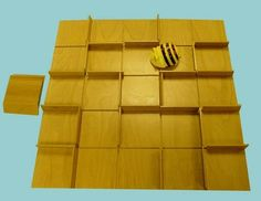 Create endless route possibilities for Bee-Bot with these fully removable and re-positional maze walls.