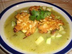 Receta de tortitas de pollo en salsa verde con verduras - La receta de la abuelita - YouTube