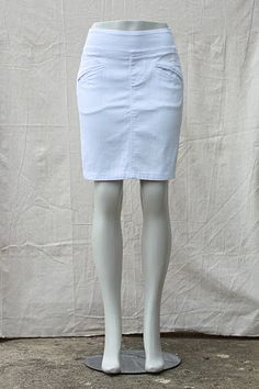 """Beija-Flor Jeans """"Betsy"""" Pull-On-Denim Skirt in White"""