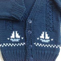 Baby knit cardigan with sailboat motifs – 6 to 12 months – Hand knit baby sweater – Baby boys sailboat sweater – Gift for baby boy Baby Strickjacke mit Segelbootmotiven 6 bis 12 von LurayKnitwear Toddler Cardigan, Baby Boy Cardigan, Cardigan Bebe, Knitted Baby Cardigan, Knit Baby Sweaters, Baby Pullover, Sweater Cardigan, Baby Knits, Cardigan Pattern