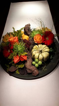 Seasonal Decor, Fall Decor, Fall Flower Arrangements, Centerpieces, Table Decorations, Store Displays, Deco Table, Thanksgiving Table, Fall Flowers