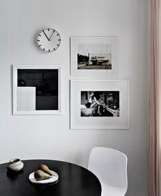 3 x white frames + clock