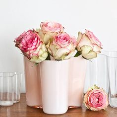 Have you already bought some flowers for your beloved ones? :heart: :rose: :heart_eyes: