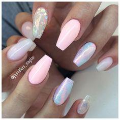 : @jennifers_naglar ❤️Follow @jennifers_naglar for more gorgeous nail art designs!