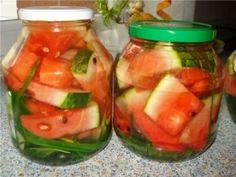 5 RECIPES WINTER MAINTENANCE watermelon on Grandmother's recipe Liter jar of grease honey. 1 medium watermelon cut into small pieces. Cut Watermelon, 5 Recipe, Home Canning, Thing 1, Kimchi, Bon Appetit, Preserves, Pickles, Cantaloupe
