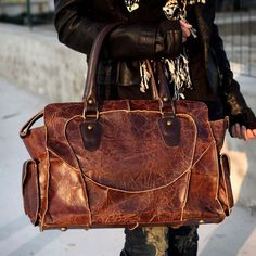 {Handmade Leather Handbag} love the distressed/antiqued look