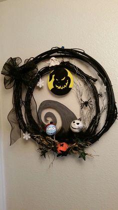 Jack Skellington inspired wreath. Halloween Nightmare before Christmas.