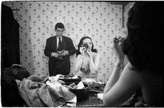 """坂井直樹の""""デザインの深読み"""": スタンリー·キューブリックは映画を撮る以前、若いキューブリックがこれらの才能溢れる写真を残していることがとても興味深い。"""